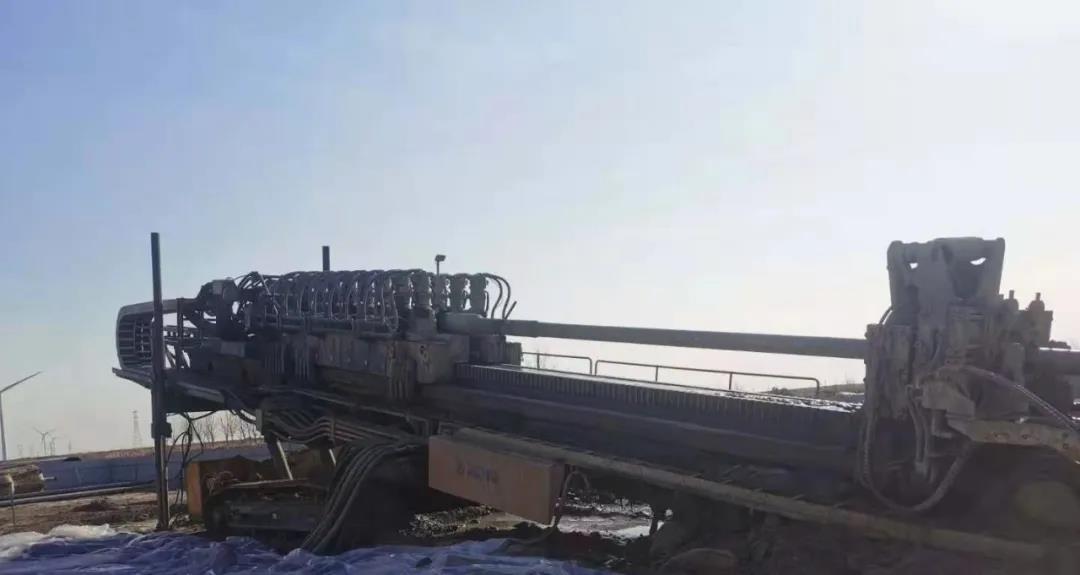 1150 meters of gas pipeline was towed back in 11 hours